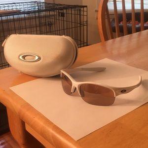 Women's Oakley Commit sunglasses